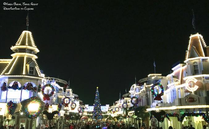 Main Street Christmas.jpg